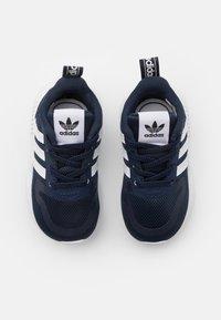 adidas Originals - SMOOTH RUNNER SHOES - Trainers - collegiate navy/footwear white/dash grey - 3