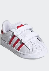 adidas Originals - SUPERSTAR SHOES - Sneakers laag - ftwr white/vivid red - 2