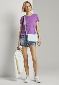 TOM TAILOR DENIM - Print T-shirt - light berry - 2
