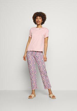 Pyžamo - pink mix