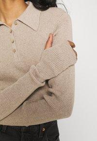 NU-IN - EXTREME LONG SLEEVE BODYSUIT - Print T-shirt - beige - 4