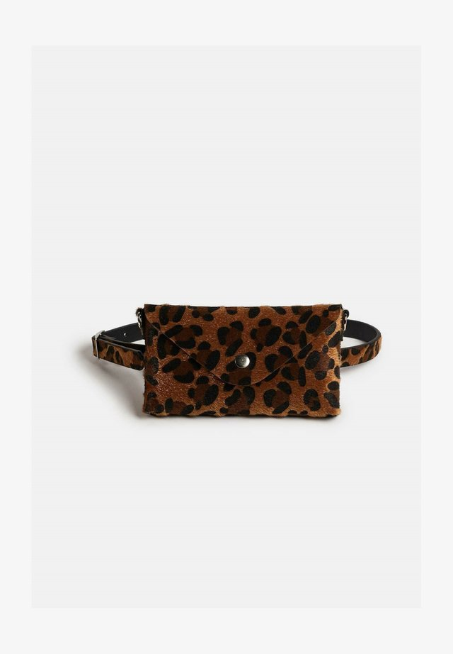 MET RIEM - Bum bag - all-over print