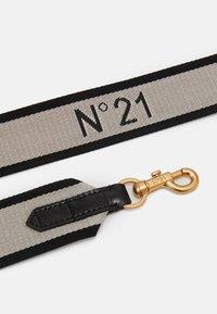 N°21 - MICRO - Across body bag - black - 4