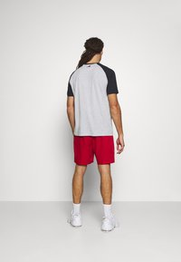 Tommy Hilfiger - LOGO TEE - Print T-shirt - grey - 2