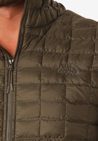 The North Face - Winter jacket - green - 3