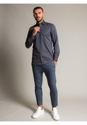 Long sleeved top - dunkelbraun