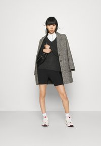 ONLY - ONLARYA SINA COAT - Frakker / klassisk frakker - medium grey - 1