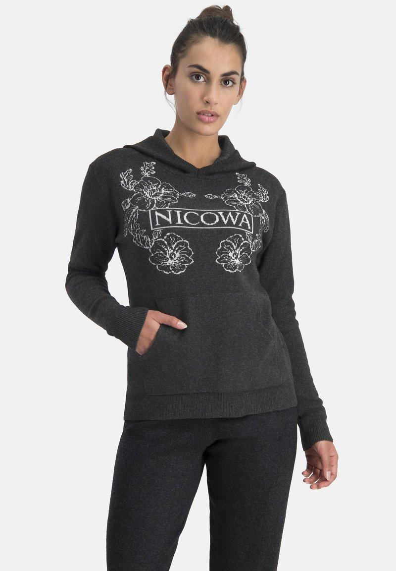 Nicowa - Hoodie - schwarz