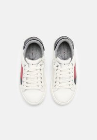 Tommy Hilfiger - Sneakers basse - white/multicolor - 3