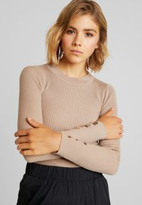 Missguided - BUTTON CUFF CREW NECK - Sweter - sand - 5