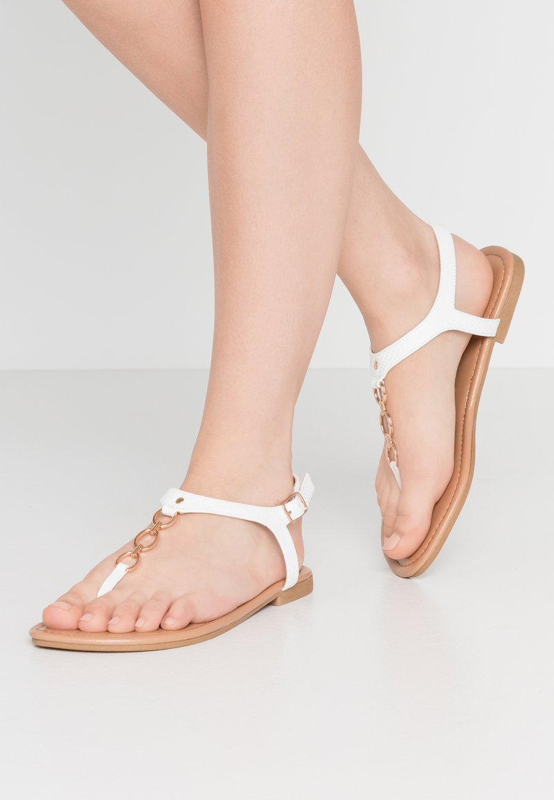 New Look Wide Fit - WIDE FIT HOXTON - Flip Flops - white