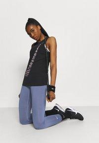 Nike Performance - DRY TANK ICON CLASH - Sportshirt - black - 3