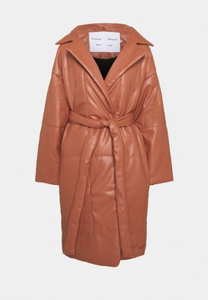 PUFFER COAT - Winter coat - blush