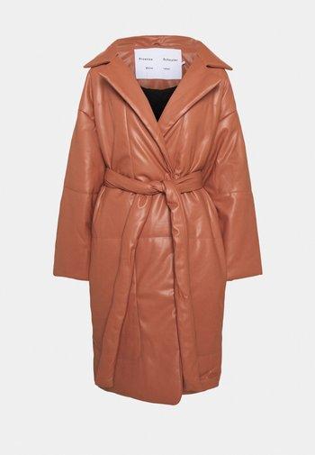 PUFFER COAT - Zimní kabát - blush