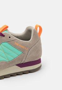 Merrell - ALPINE - Hiking shoes - moon/mint - 5