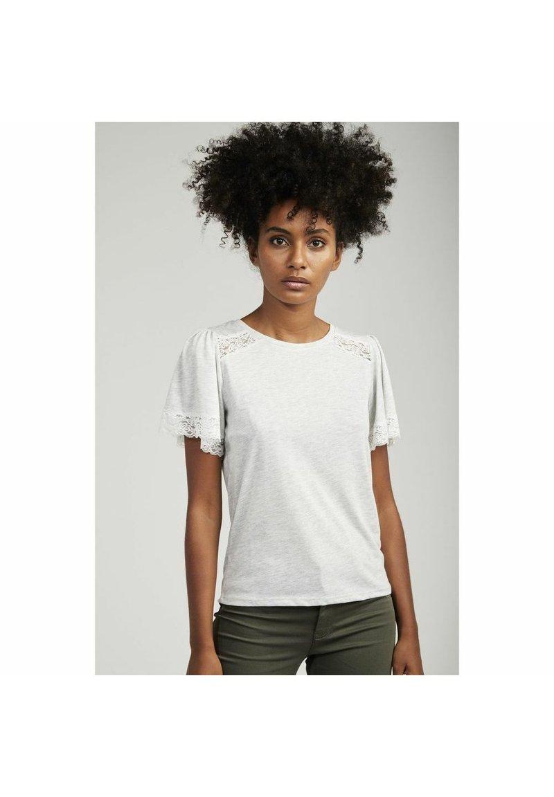 NAF NAF - Basic T-shirt - grey