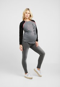 ohma! - WITH CONTRAST ZIPPERS - Langarmshirt - grey - 1