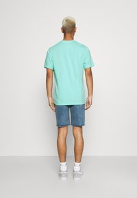 Nike Sportswear - TEE ICON FUTURA - Print T-shirt - tropical twist - 2