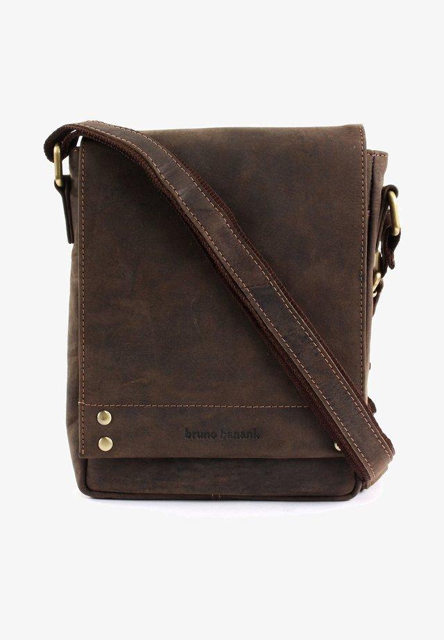 HUNTER  - Across body bag - brown