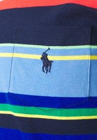 Polo Ralph Lauren - Print T-shirt - newport navy multi - 2