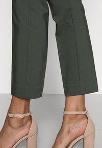 InWear - ZELLA SHAPE  - Trousers - green olive - 4