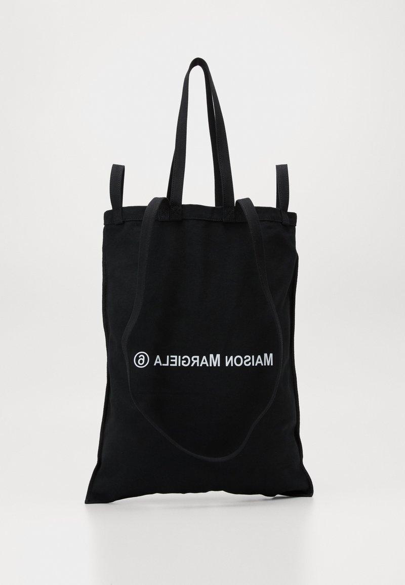 MM6 Maison Margiela - SHINY PLEATHER BERLIN BAG - Shopping bag - black