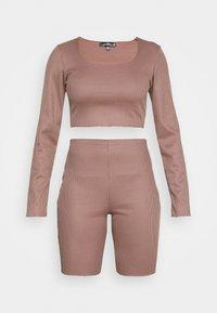 Missguided - RIB CROP TOP & CYCLING SHORT SET - Shorts - brown - 4