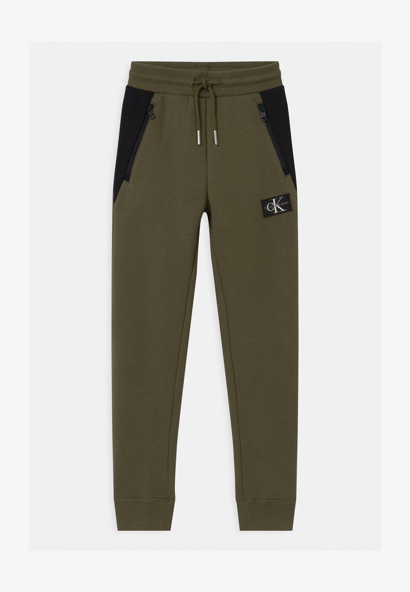 Calvin Klein Jeans - COLOUR BLOCK  - Teplákové kalhoty - green