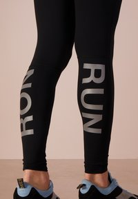Ron Dorff - RON RUN - Tracksuit bottoms - black