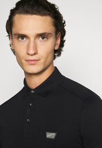 Antony Morato - PLATE ON FRONT - Polo shirt - black - 3
