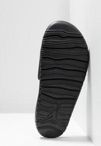 Jordan - BREAK SLIDE - Pool slides - black/white - 5