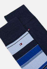 Tommy Hilfiger - MEN SOCK COLOR STRIPE 2 PACK - Socks - navy - 1