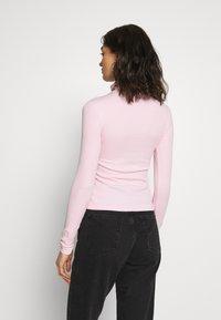 Weekday - VERENA TURTLENECK - Top sdlouhým rukávem - bubblegum pink - 2