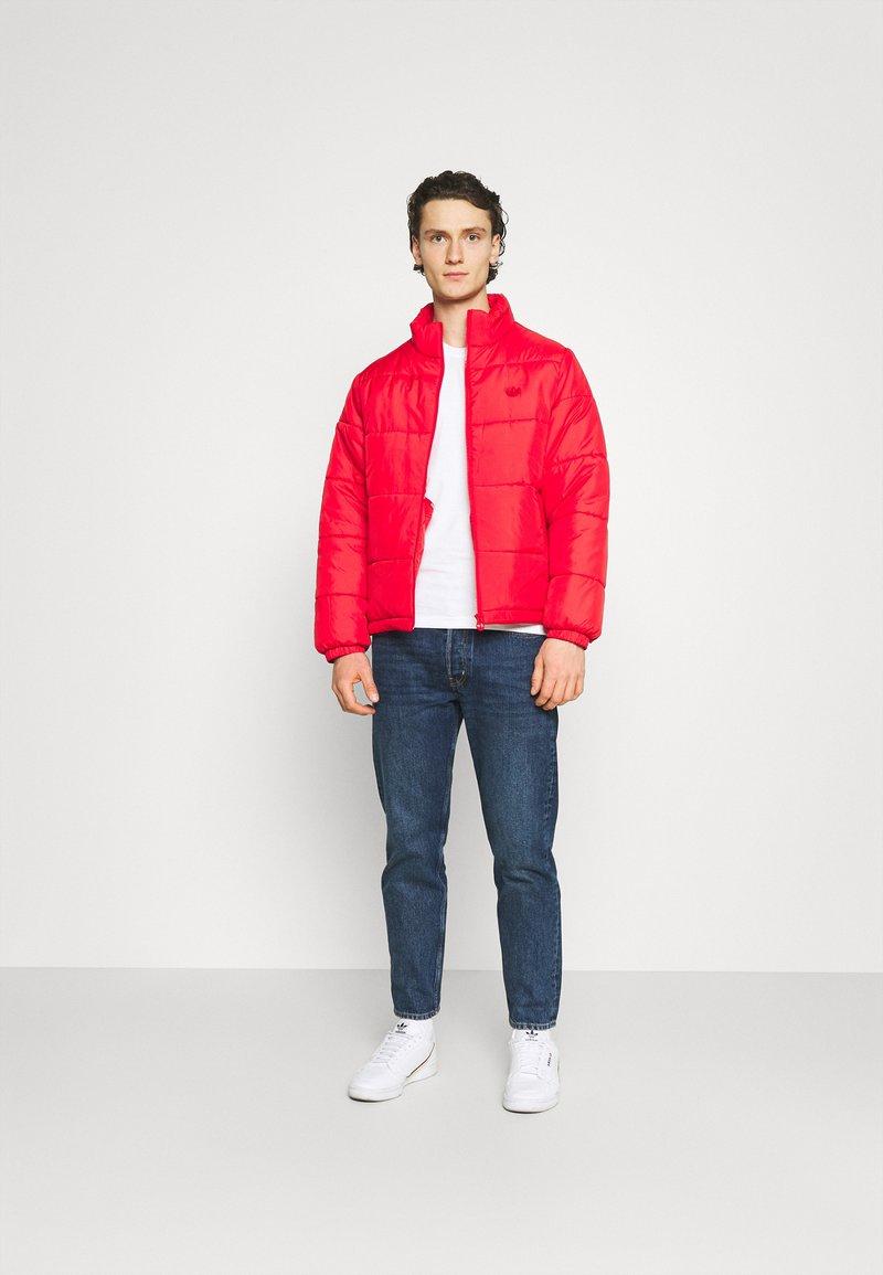 Calvin Klein Jeans - SLIM TEE 3 PACK - T-paita - red/black/white