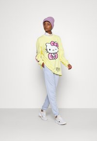 NEW girl ORDER - SLEEVE PRINT - Long sleeved top - yellow - 1
