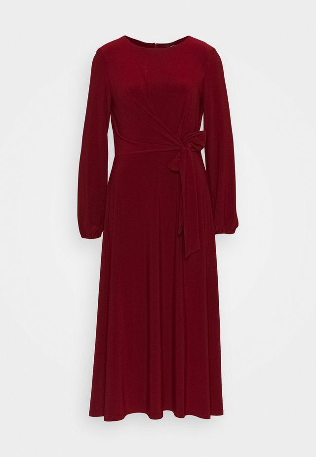 MID WEIGHT DRESS - Jersey dress - romantic garnet
