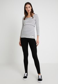 New Look Maternity - 2 PACK - Leggings - Trousers - grey - 1