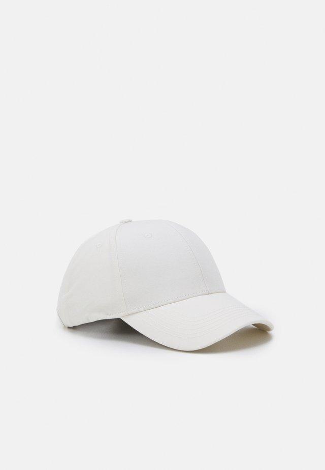 JACCOLOUR - Cap - blanc de blanc