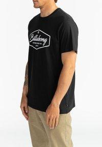 Billabong - TRADEMARK - Print T-shirt - black - 3