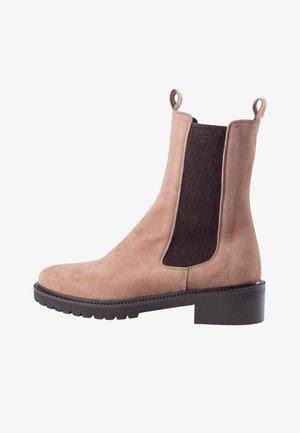 CHELSEA VALENTA - Walking boots - beige