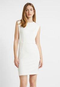 Esprit Collection - TEXTURED DRESS - Etuikleid - white - 0