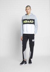 Nike Sportswear - AIR HOODIE - Huppari - smoke grey/black/white - 1