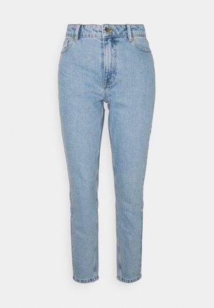 ONLJAGGER LIFE HIGH MOM ANKLE - Jeans Tapered Fit - light blue denim