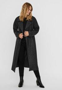 Vero Moda - Classic coat - dark grey melange - 2