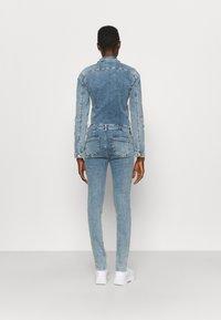 ONLY Tall - ONLINC CALLI ZIP  - Jumpsuit - light blue denim - 2
