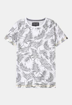 JUNEAU - T-shirt z nadrukiem - white