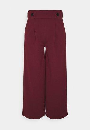 JDYGEGGO NEW ANCLE PANTS - Trousers - windsor wine