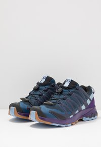 Salomon - XA PRO 3D V8 - Løbesko trail - poseidon/violet indigo/forever blue - 2