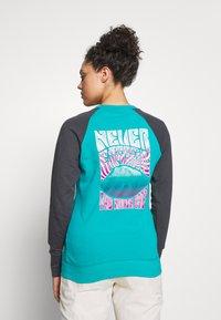 The North Face - WOMENS LIGHT CREW - Sweatshirt - jaiden green - 2