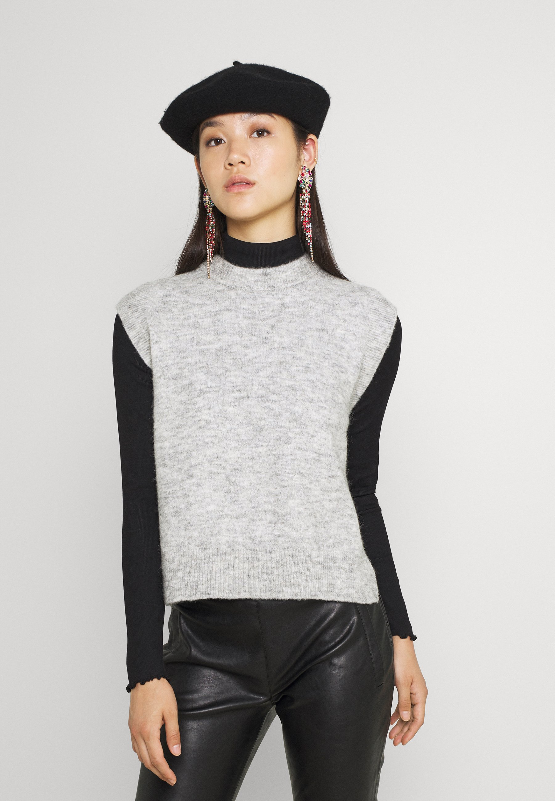 Damen YASALVA VEST - T-Shirt basic